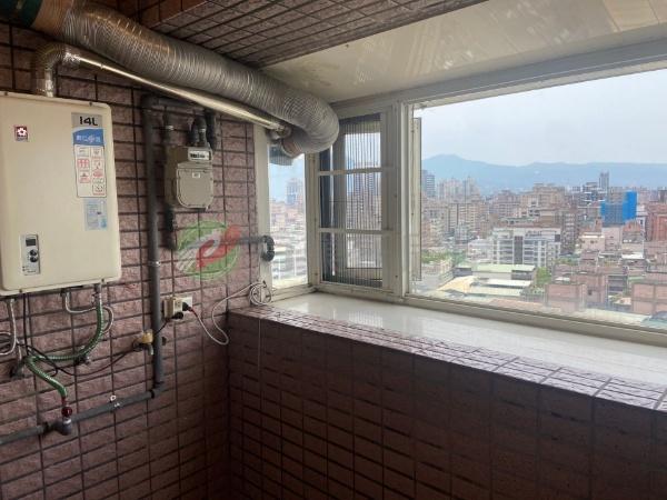 有巢氏新北市買屋-(852)觀景高樓三房車照片14