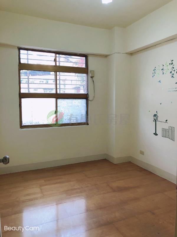 有巢氏新北市買屋-A31-學府電梯三房~邊間~明亮大客廳~房間有窗照片8
