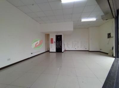 有巢氏新北市買屋-三和硯面寬金店面近三和國中捷運站照片2