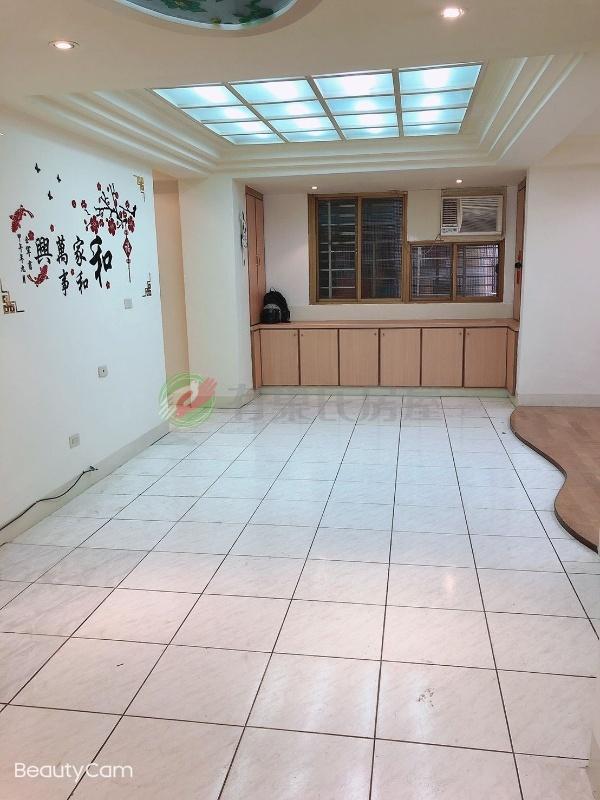 有巢氏新北市買屋-A31-學府電梯三房~邊間~明亮大客廳~房間有窗照片3