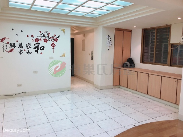 有巢氏新北市買屋-A31-學府電梯三房~邊間~明亮大客廳~房間有窗照片2
